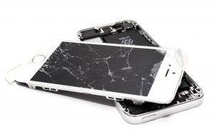 wrecked iphone - Photo by Skitterphoto from Pexels